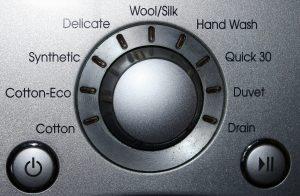 washing machine 587300 1920 300x196 washing machine 587300 1920